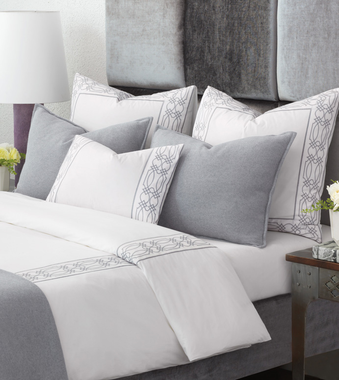Eastern Accents interior design beddings